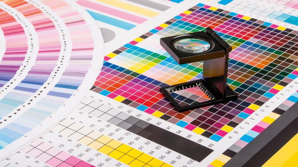 Полиграфия: цветная печать рекламной продукции в Москве